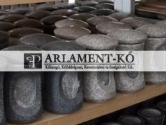 parlamentko-marvany-granit-meszko-esztergalt-mecses-5c5b1